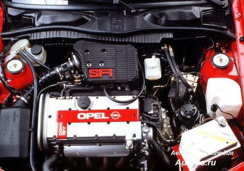 Opel Vectra A Hatchback (1992 - 1994): фото двигатель